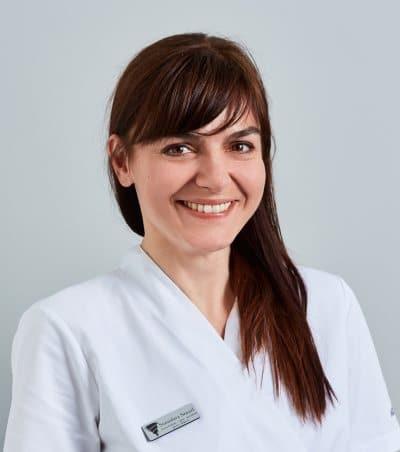 Dentista Stanislava Senzel